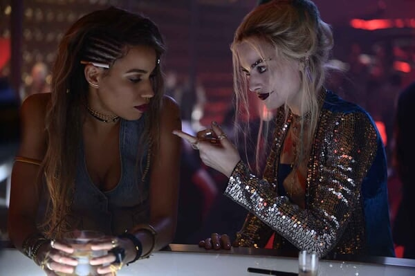 Birds of Prey (and the Fantabulous Emancipation of One Harley Quinn) - Image - Image 5