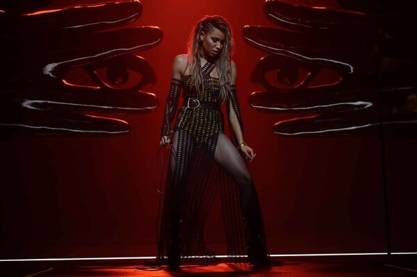 """JURNEE SMOLLETT-BELL as Black Canary in Warner Bros. Pictures' """"BIRDS OF PREY (AND THE FANTABULOUS EMANCIPATION OF ONE HARLEY QUINN"""